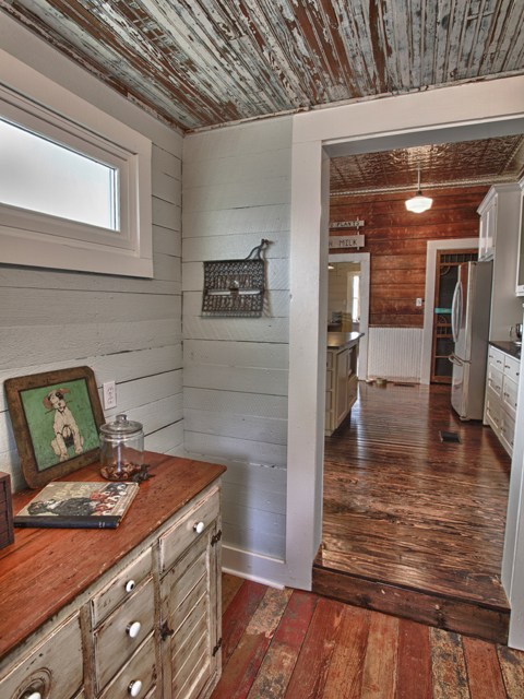 Living Vintage - View into the kitchen from the mudroom
