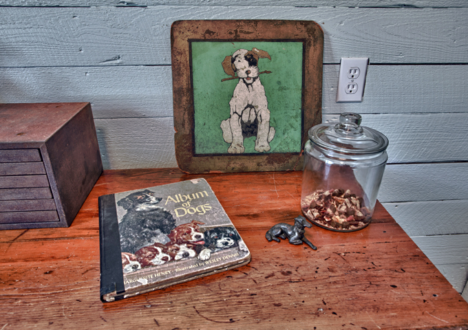 Living Vintage - dog treats and dog collectibles