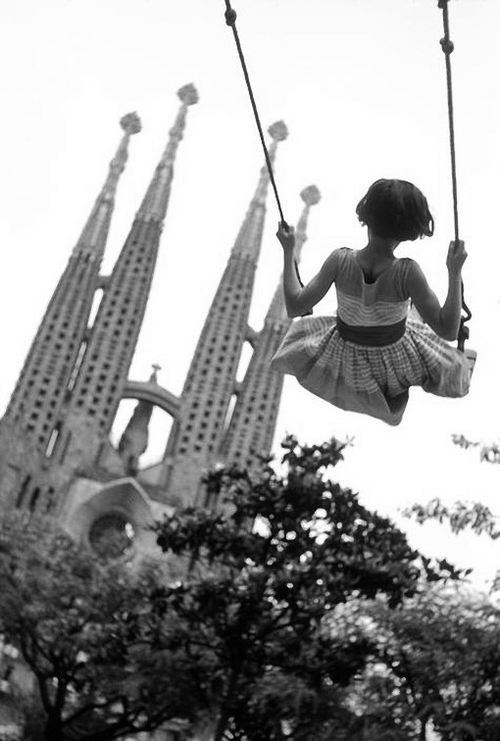 swinging high in barcelona