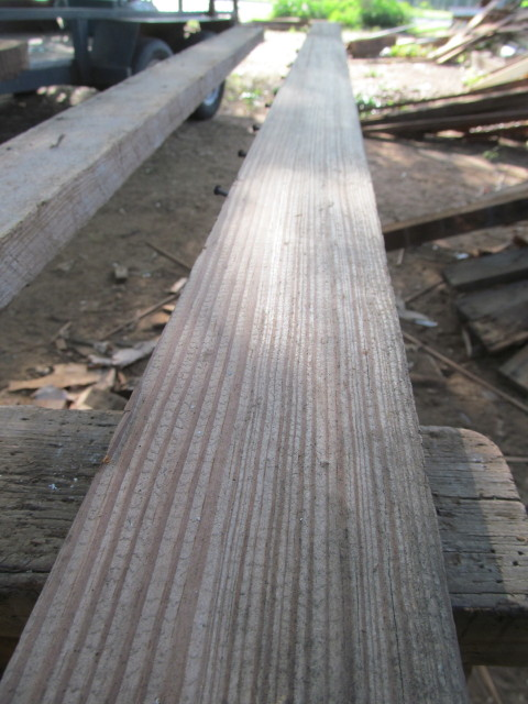 straight grain of 20 foot boards reveals why they're so straight