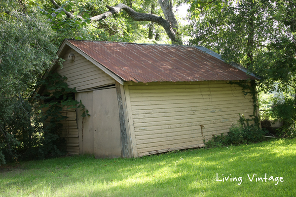 Shed on the property of former Lon Morris College's Pecan Cottage