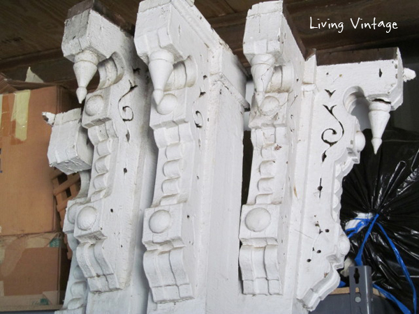 old porch posts with corbels - Living Vintage