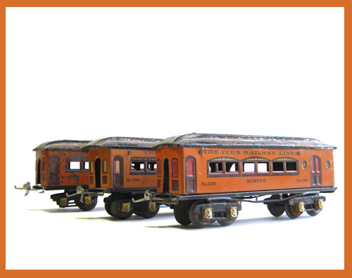 vintage train cars Etsy find- featured on Living Vintage