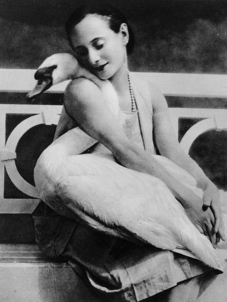 Anna Pavlova and her pet swan - featured on Living Vintage