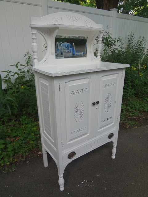 pretty white cupboard - featured on Living Vintage's Friday Favorites. Head on over to see our other 7 picks for this week!