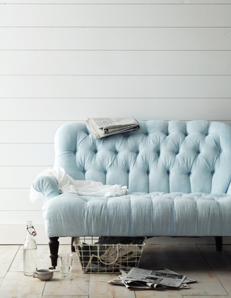 baby blue settee - featured on Living Vintage's Friday Favorites