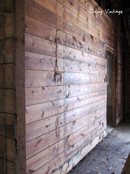 beautiful antique shiplap walls - Living Vintage