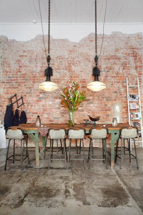 tomboy table - featured in our weekly Friday Favorites - come on over to see what else we picked!