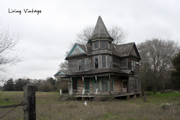 An Abandoned Victorian With a Backyard Surprise - Living Vintage