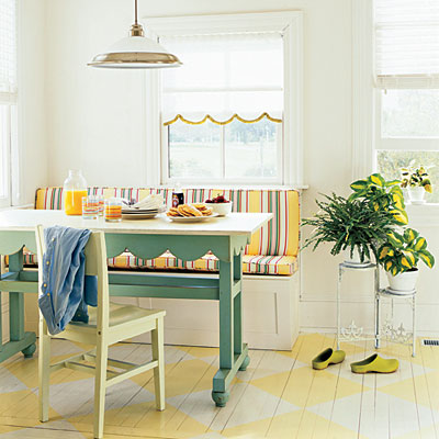 a sunny and cheerful banquette - Friday Favorites - Living Vintage