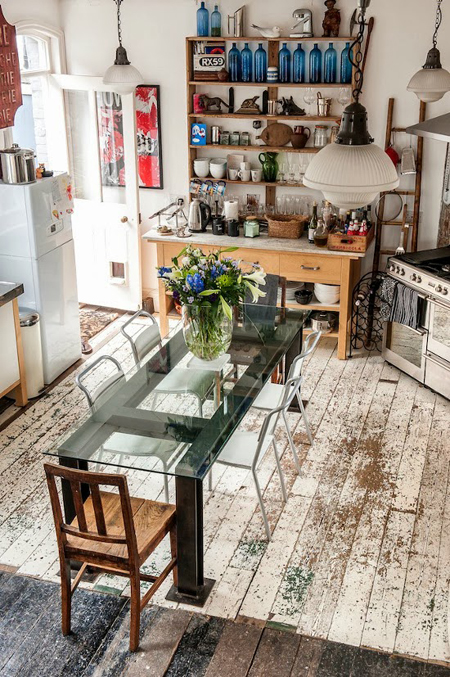 gorgeous weathered floors - Friday Favorites - Living Vintage