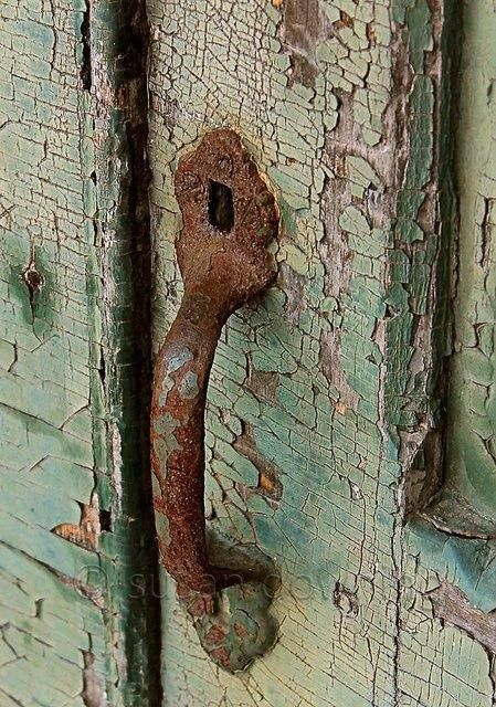 the beauty of rust and chippy paint - one of 8 picks for this week's Friday Favorites