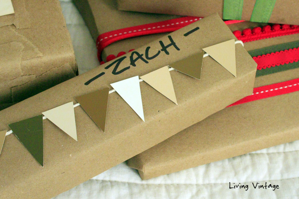 8 Holiday Gift Wrap Ideas using common brown craft paper and a glue gun!