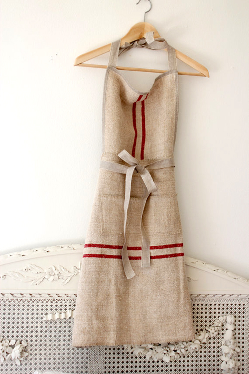 an apron made with antique hemp linen