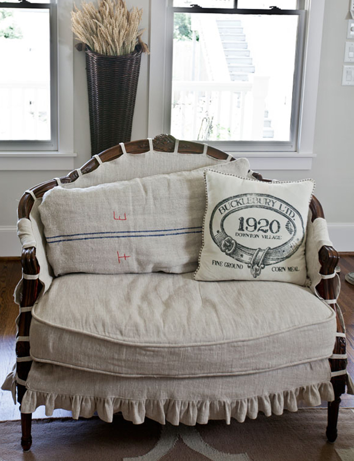 make a pillow or cover a settee using vintage linens