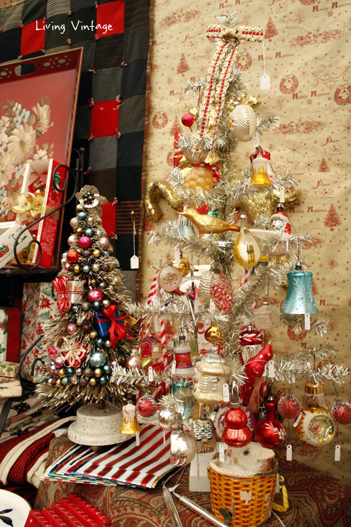 More Christmas collectibles spotted at Marburger Farm Antique Show