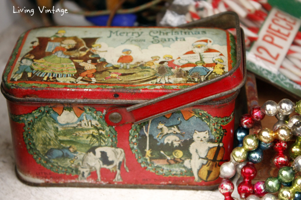 a beautiful vintage tin