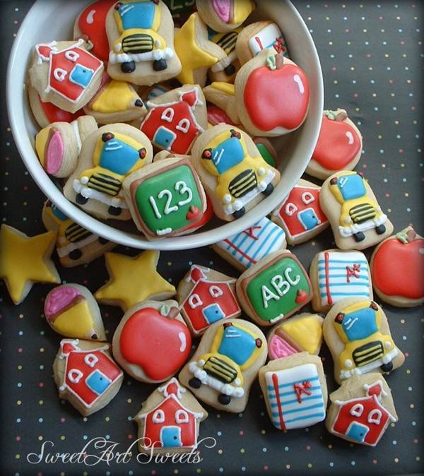 "really cute ""back to school"" cookies - one of 8 picks for this week's Friday Favorites"