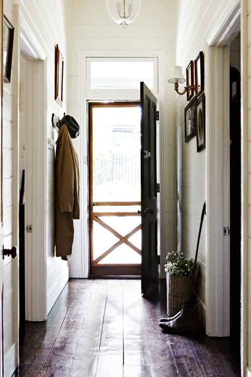 a gorgeous entryway - one of 8 picks this week's Friday Favorites
