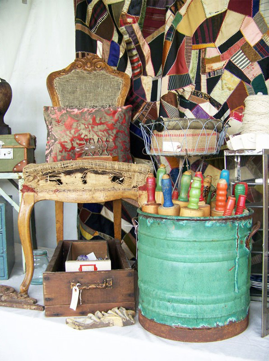 a pretty display at the Old Glory Antiques Fair - one of 8 picks for this week's Friday Favorites