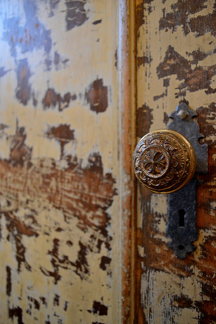 an old door with gorgeous patina - one of 8 picks for this week's Friday Favorites