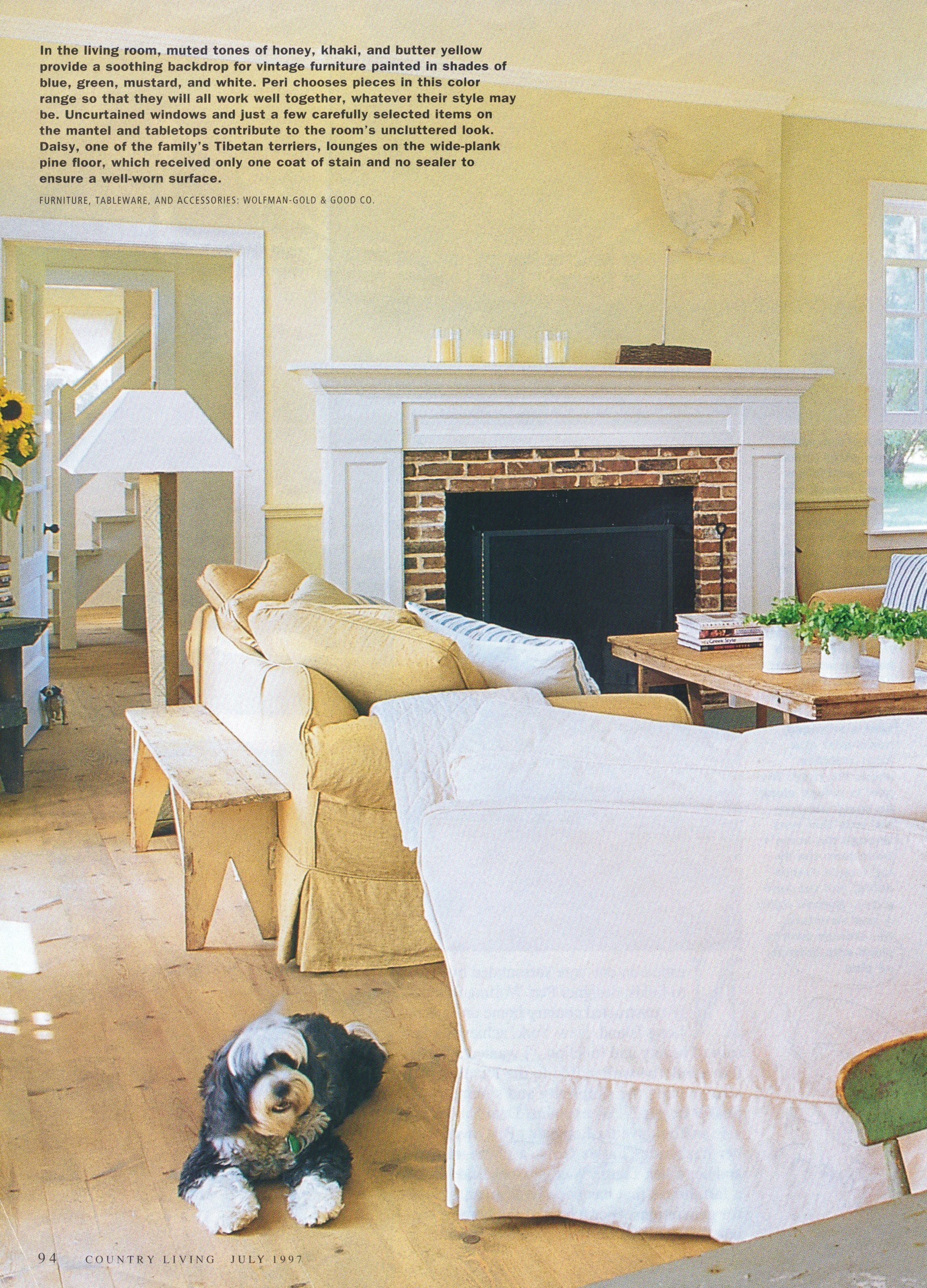 a comfy and quite large living room (See more photos of this One Cool House @ Living Vintage)