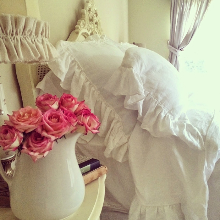 fluffy linen pillows always make a bed look so inviting! - one of 8 picks for this week's Friday Favorites