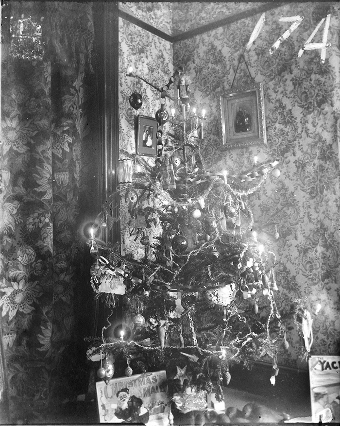 a Christmas tree with real candles, circa 1900 (something I would definitely NOT recommend doing today) -- one of 8 picks for this week's Friday Favorites -- one of 8 picks for this week's Friday Favorites