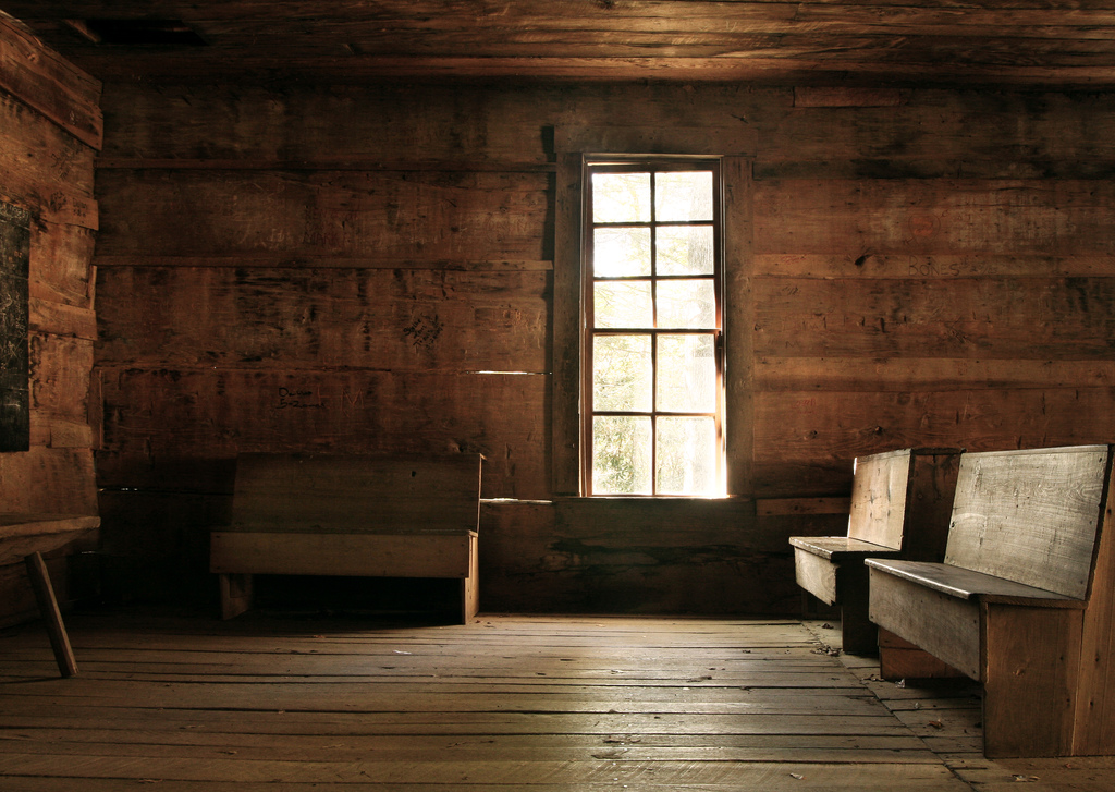 a look inside an old schoolhouse, built in 1882 - 1 of 8 picks for this week's Friday Favorites