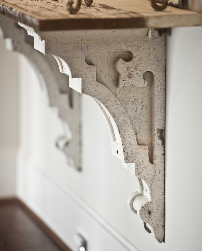 a gorgeous pair of corbels