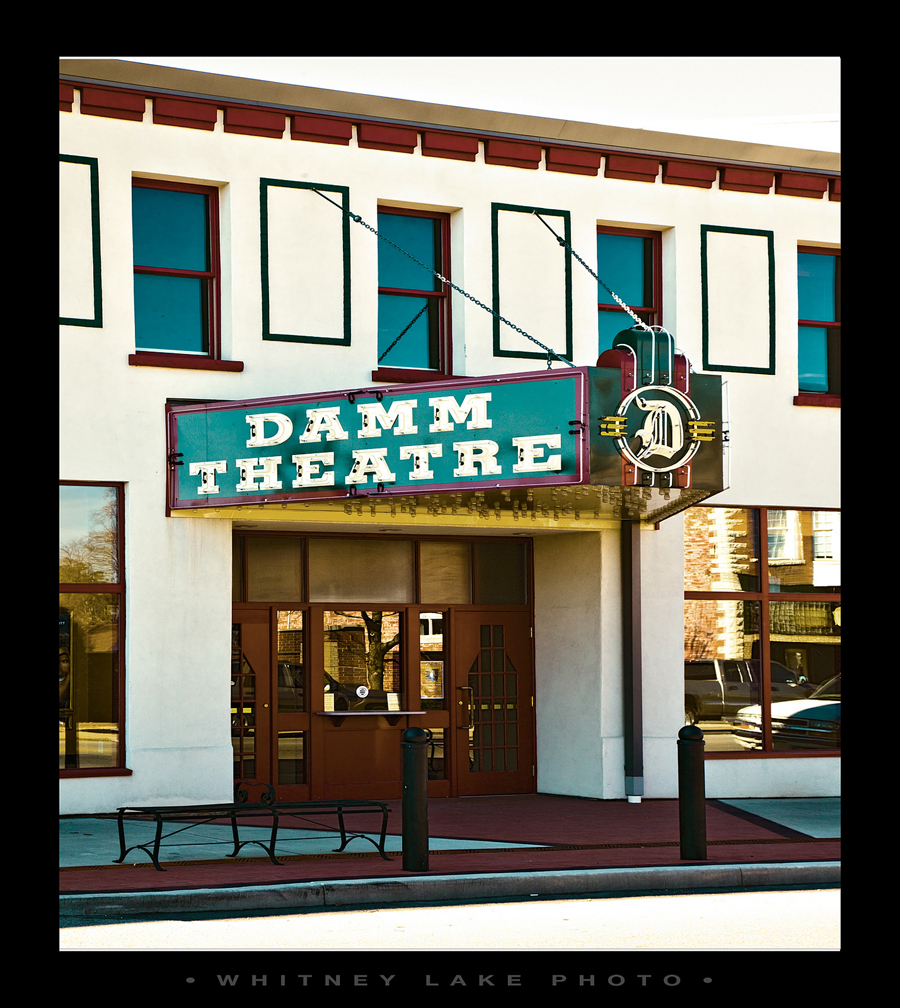 OK, hon, let's go to the damm theatre ... !